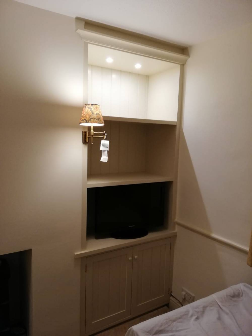 Bespoke Wooden Furniture Maker in Reading, Berkshire